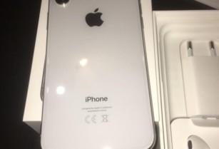 IPHONE X 64 GB SILVER 24 MĚSÍCU ZÁRUKA