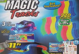 Magic Tracks autodráha svítící ve tmě – 220 dílků