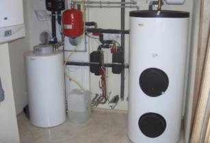 solární zásobník na ohřev teplé vody